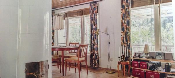 Stuen med den gamle svenske kakkelovn